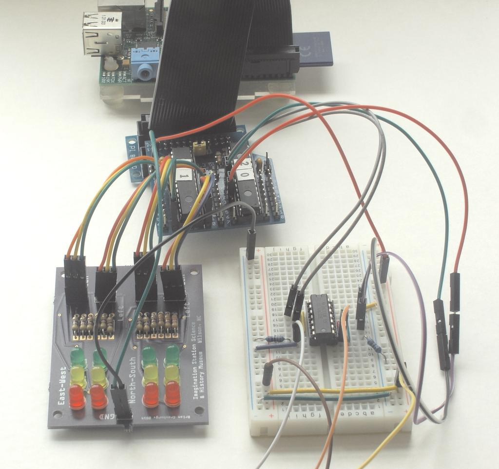Raspberry Pi Traffic Light Using an I2C Chip and a 2 Input