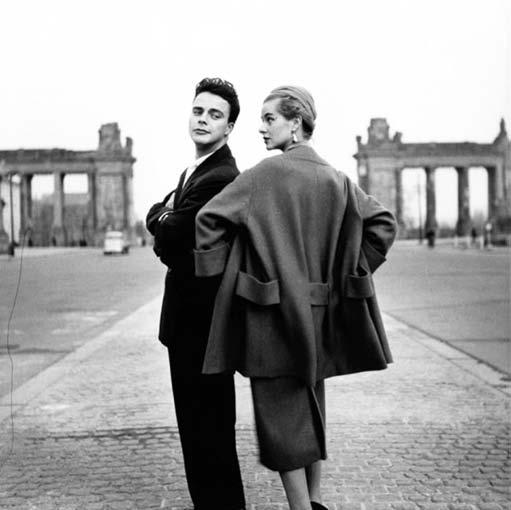 Berliner Chic  A Locational History of Berlin Fashion  Susan