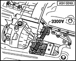 5 spd manual transmission 02a pdf 1939 Chevy Body Styles gear selector mechanism servicing page 30 of 49 34 30 remove lower engine