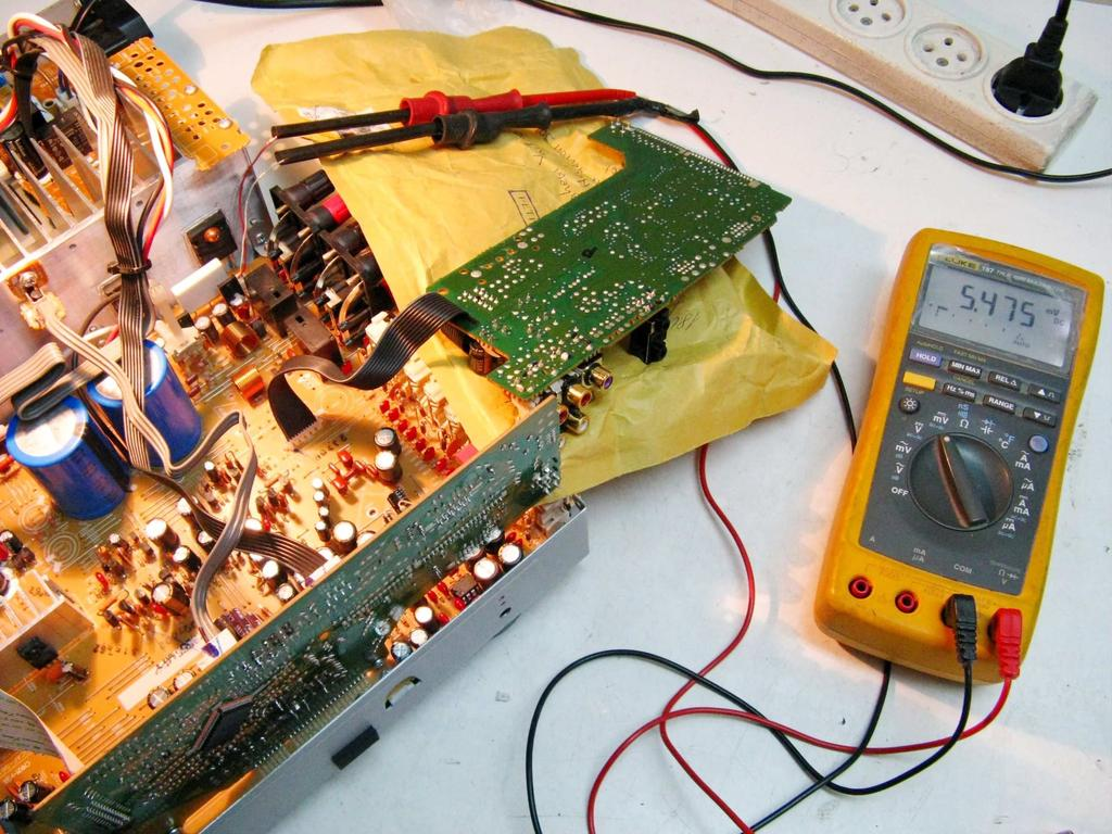 Audio Restoration Upgrade Project Repair Onkyo Tx 8555 Stereo Irs2092 Class D Amplifier Circuit Lm1036 Tone Controlled Power 5 Calibration Of The Bias Current After Replacing Original Low Quality Trimmer Potentiometers