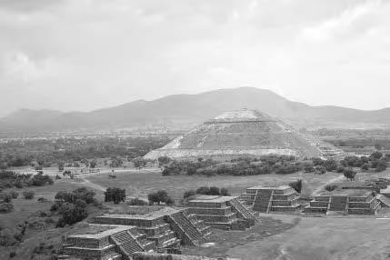 77e24600b336e 64 THE AZTECS Pyramid/Temple of the Sun and the ruins of the ancient Mexican