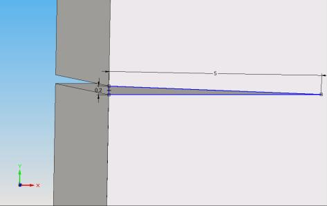 Fig.4. Crack of 5 mm depth and uniform width along thickness on L 47a01abf13c71