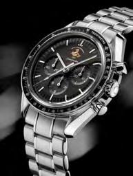 09c45903b Omega President Stephen Urquhart accompanied Clooney on his visit to the  boutique and the workshop where