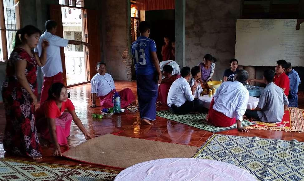 Preparing for focus group discussions in rural community in Ye Township, Mon State, June 2016 Lisa Denney LAND DISPUTES Land is of crucial importance in Myanmar, intimately connected to both people s